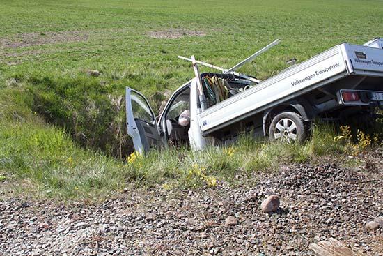 tågolycka med lätt lastbil