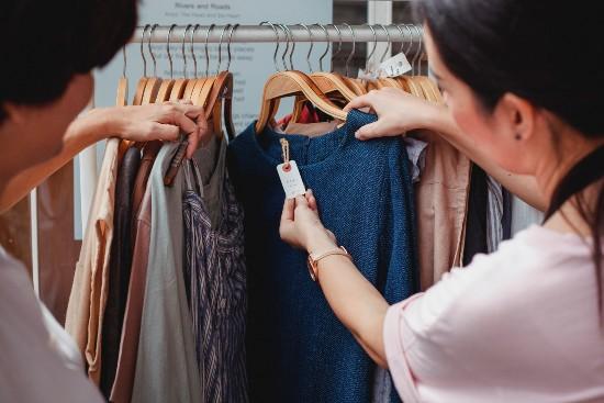 Shopping kläder