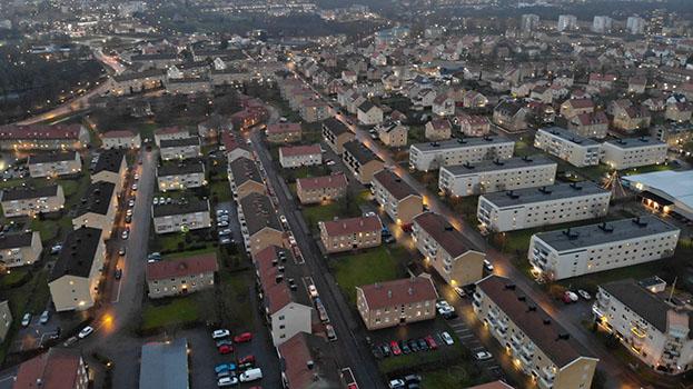 Villa, lägenhet, boende i Skövde stad sett från ovan